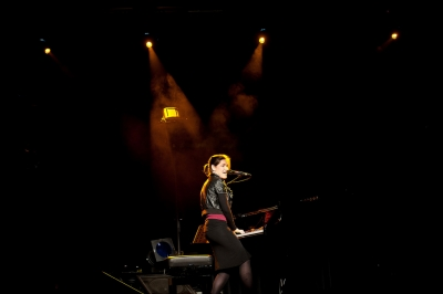 Liz Van Deuq # photos @ Nouvel Atrium, Saint Avertin | 11 Fevrier 2012