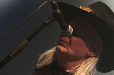 Johnny Winter # photos @ Festival Avoine Zone Blues, Avoine | 2 juillet 2011